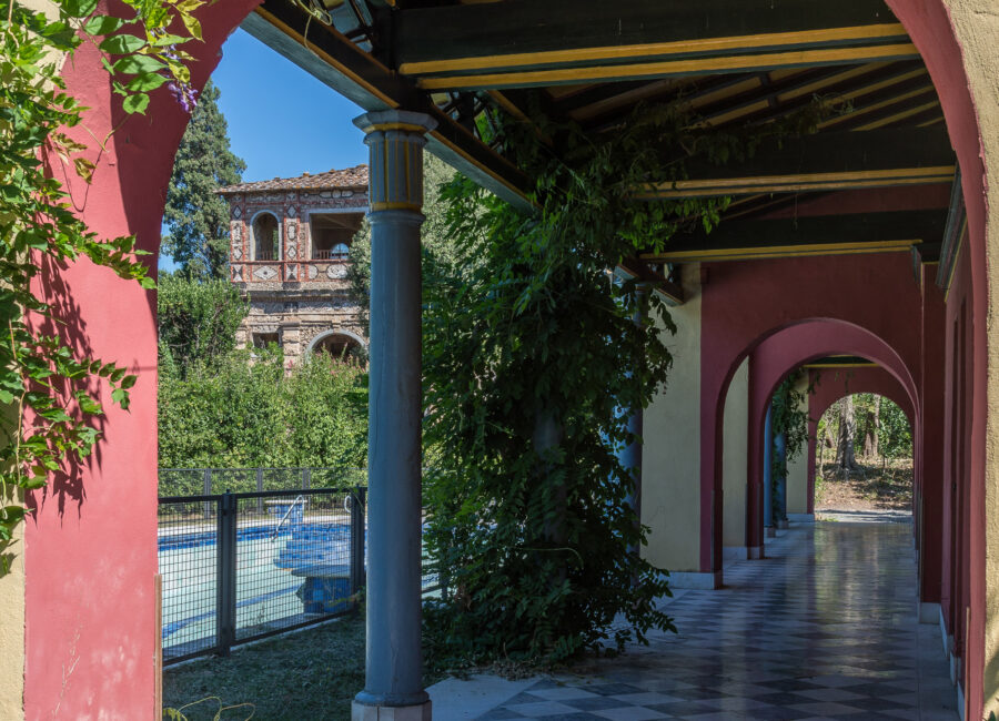 Piscina e galleria - Villa Reale di Marlia